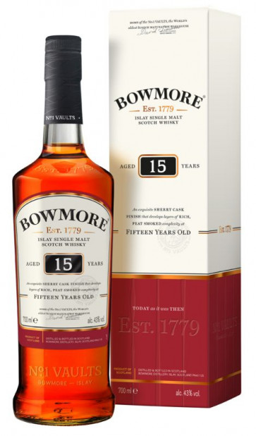 Bowmore 15 Jahre / Aged 15 Years 0,7L mit Verpackung  (c) Beam Suntory