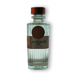 Le Tribute Gin - Fresh yet dry enough 0,7L